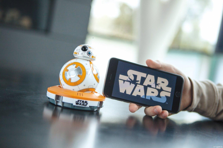 robot bb-8 Star Wars 2